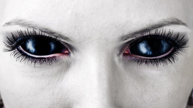 Halloween eyes - More dangerous than you think